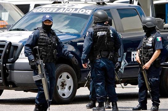 В Мексике 15 человек погибли при атаке на армейский патруль