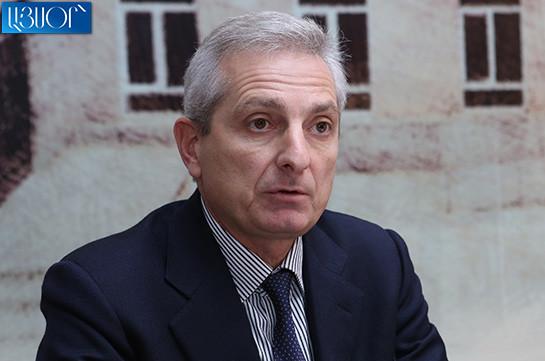 В отношении главы КС Армении Грайра Товмасяна осуществляется политическое преследование – Ара Казарян