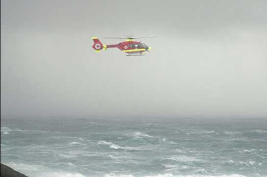 Российское судно подало сигнал бедствия во время шторма у берегов Норвегии