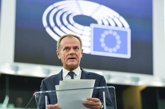 """Туск заявил, что ЕС никогда не согласится с """"жестким"""" Brexit"""