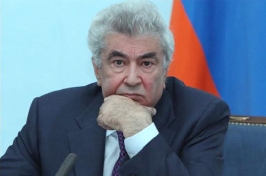 АРМЕНИЯ: Гагик Арутюнян опровергает, что его заставили подать в отставку с поста председателя КС