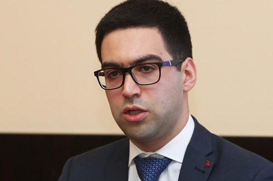 Կարծում եմ՝ ելքը պարզ է. Ռուստամ Բադասյանը՝ Նաիրի Հունանյանի դիմումի մասին