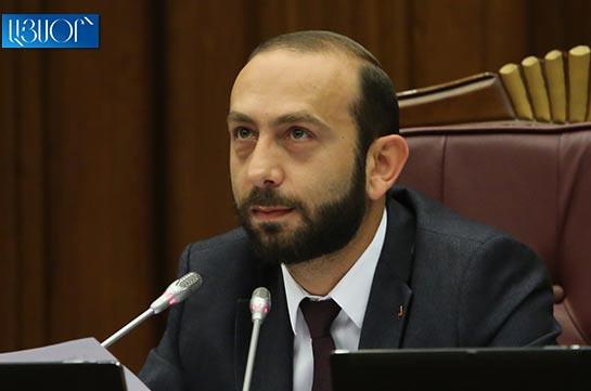 Арарат Мирзоян встретился с прибывшим в Армению с президентом Греции