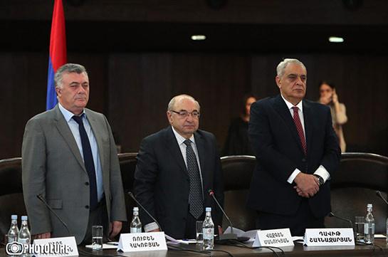 Царящим в судебной системе позором руководит премьер-министр – Рубен Акопян (Видео)