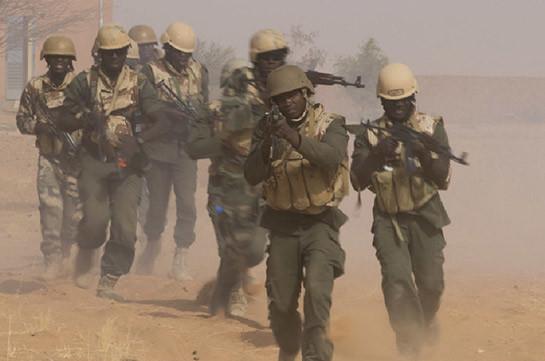 В Мали более 20 военных погибли при нападении боевиков на патруль