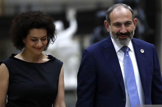 Премьер-министр вместе с супругой посетит с официальным визитом Италию