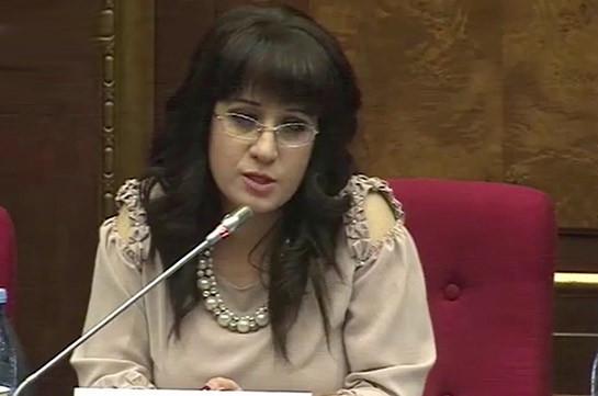 Угрозы звучали со стороны разных людей, которые упоминали имя Вардана Гукасяна – Назени Багдасарян