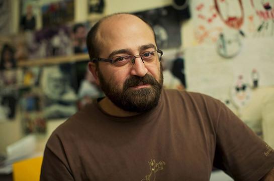 Մուլտիպլիկատոր Դավիթ Սահակյանցը միացել է ԿԳՄՍ նախարարի հրաժարականը պահանջող ուսանողներին