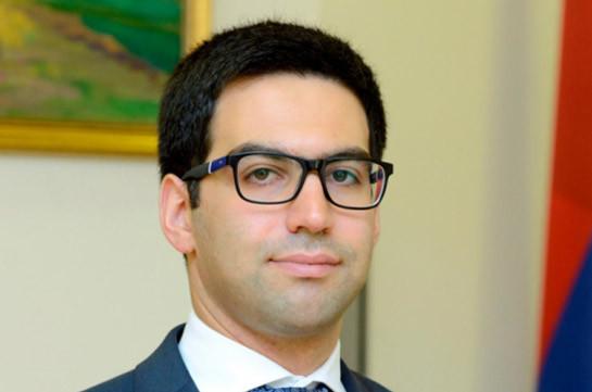 Ռուստամ Բադասյանը մասնակցել է  մարդու իրավունքների պաշտպանությանը վերաբերող հանդիպում քննարկմանը