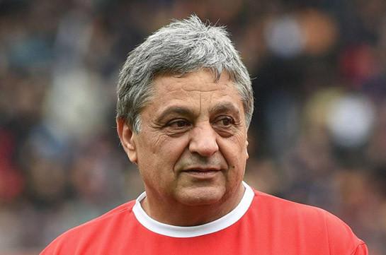 Легенда армянского футбола Хорен Оганесян намерен возглавить Федерацию футбола республики