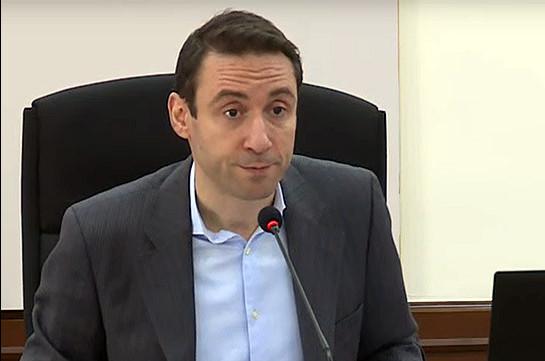 Mayor Hayk Marutyan claims Alex and Holding company has no relation to Samvel Alexanyan