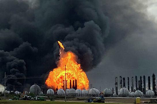 В Техасе локализовали пожар на химическом заводе