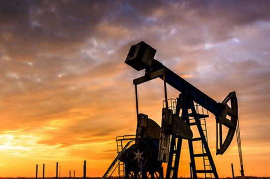 Мировые цены на нефть снижаются в ходе торгов