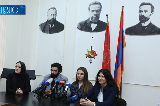 ARF-D youth wing representatives continue demanding minister Arayik Harutyunyan's resignation