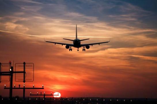 В Бразилии самолет совершил экстренную посадку после рождения на борту ребенка