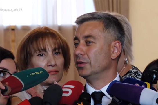 Armenia's PM releases spokesperson Vladimir Karapetyan from post