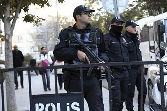 В Турции выдали ордер на задержание 176 офицеров за связи с Гюленом