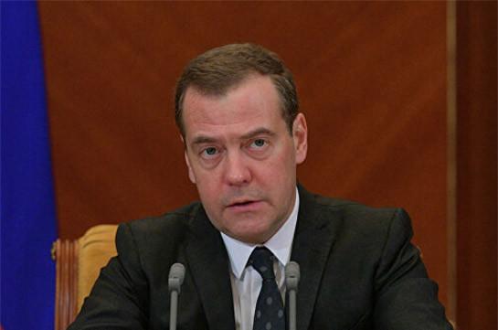 Путин предложил Медведеву должность зампредседателя Совбеза