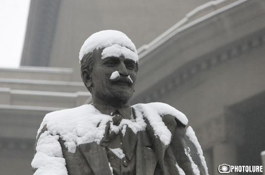 Երևանը՝ սպիտակ «հագած». Ֆոտոշարք
