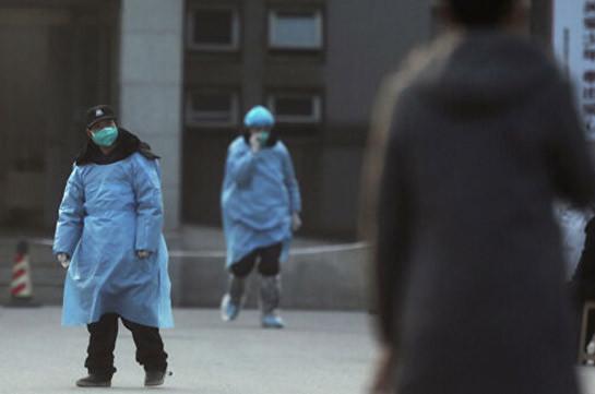 В Китае число погибших от нового коронавируса достигло девяти человек
