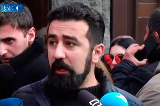Мне перекрыла путь машина, уложили на асфальт, не приведя никаких обоснований – Константин Тер-Накалян вышел из полиции