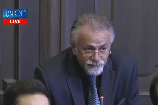 Քաղաքաշինության կոմիտեի նախագահ Վահագն Վերմիշյանը ձերբակալվել է. նա խոստովանել է, որ կաշառք է ստացել