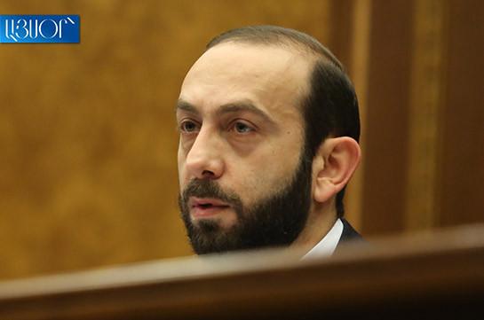 Парламент подтвердил – Арарат Мирзоян проводит встречи с отдельными судьями КС