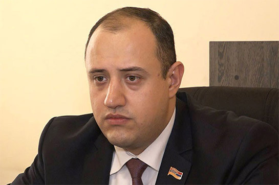 Мигран Акорпян вызван на допрос в связи с пропажей компьютера из его бывшего кабинета