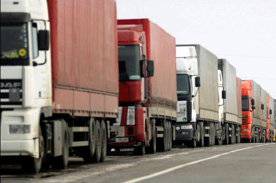 КПП «Садахло» с 21:00 будет открыт для грузового транспорта