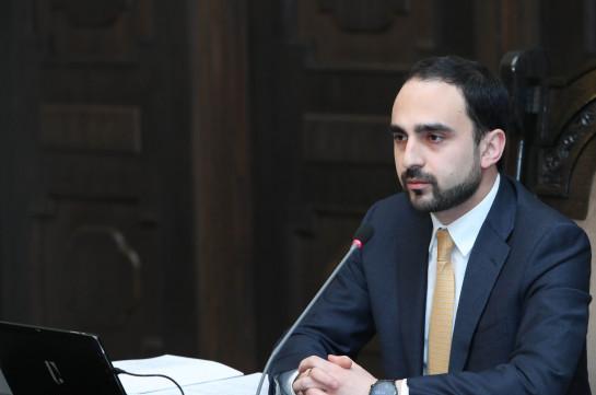 В течение семи дней в Армении будут работать только продуктовые магазины и аптеки, вводятся ограничения по перемещению граждан