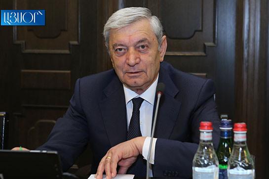 Глава МЧС Феликс Цолакян перечислил месячную зарплату на казначейский счет для борьбы с коронавирусом