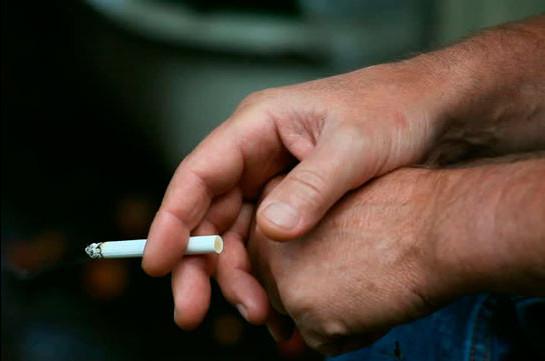 Եթե օրական 3 տուփ սիգարետ ծխող 30 տարեկան մարդ ունենանք, ինքը պոտենցիալ չփրկվող պացիենտ է. նախարար