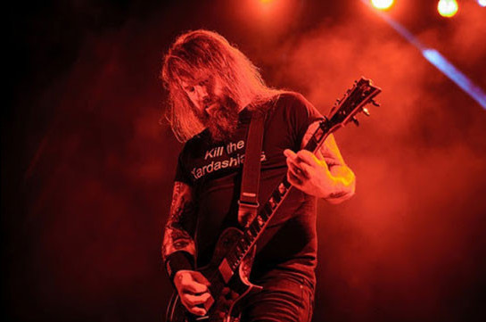У гитариста Slayer Гэри Холта нашли коронавирус (Gazeta.ru)