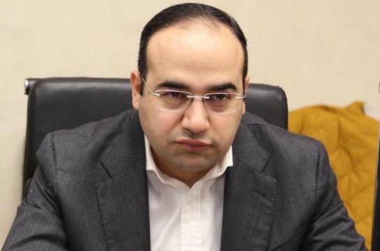 В Тбилиси моют улицы от вируса, а в конце построят ветряной завод – член Совета старейшин Еревана