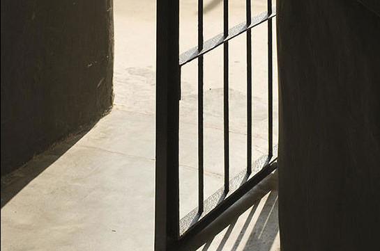 Կորոնավիրուսի համաճարակով պայմանավորված՝ կալանքի տակ գտնվող երկու անձ ազատ է արձակվել. Գոռ Աբրահամյան