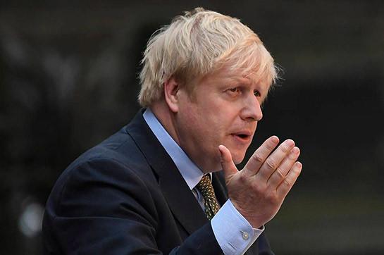 Премьер-министр Великобритании Борис Джонсон лег в больницу c Covid-19 (BBC)