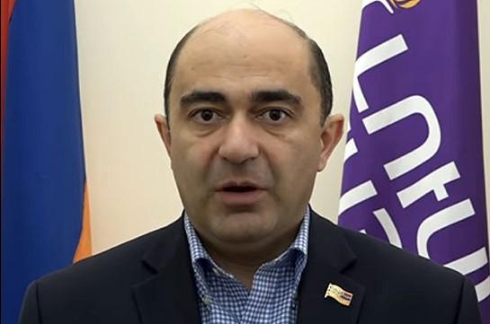 Партия «Светлая Армения» представила предложения правительству и парламенту