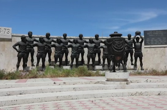 Unknown people steal few monuments to football players of legendary Ararat-73