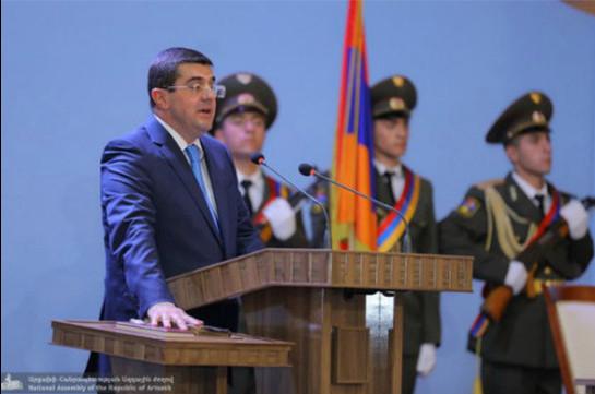 Arayik Harutyunyan assumes post of President of the Republic of Artsakh