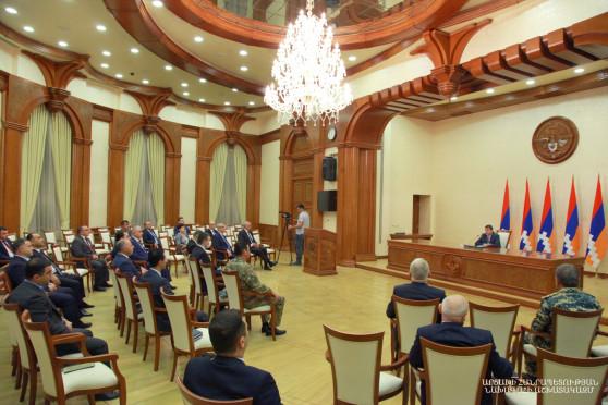 Утверждена структура нового правительства Карабаха