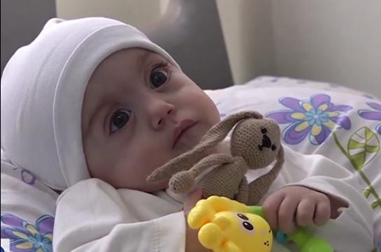 Ծնված օրվանից ծանր հիվանդության դեմ պայքարող 9 ամսական Գոռն այսօր առաջին անգամ տուն է գնում (Տեսանյութ)