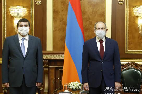 First official meeting held between Nikol Pashinyan and Arayik Haroutunyan in Yerevan