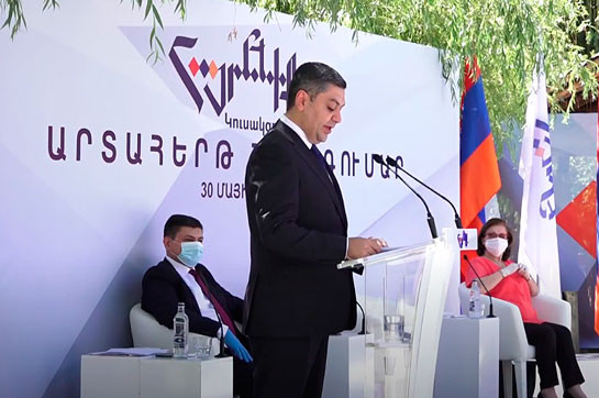 Armenia must develop and empower: Artur Vanetsyan says he will not step back on halfway