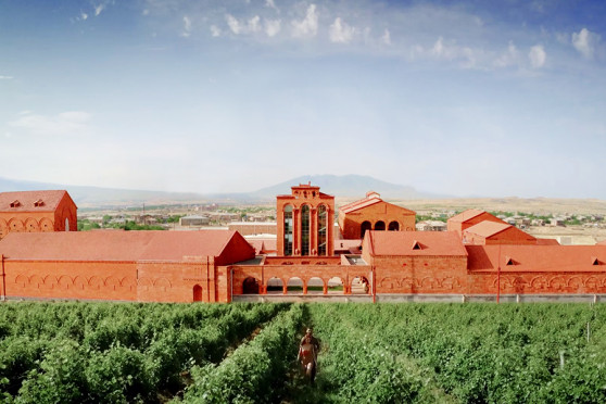 Armenia Wine: 10 years of staying close to consumers (Video)