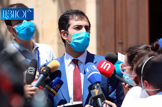 Robert Kocharyan's defense team withdraws applications submitted to CC