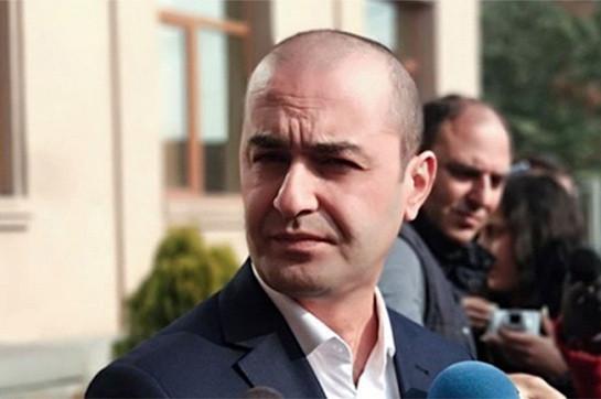 С раннего утра следователи Следственного комитета и служащие уголовной полиции проводят обыск в гостиничном комплексе «Арснакар» на Севане – Амрам Макинян