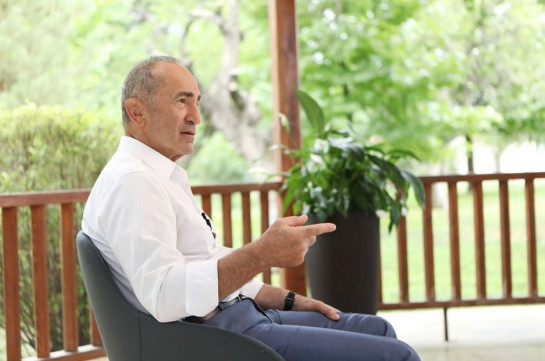 Ex-president: Armenia's government must confess conduction of wrong policy and accept having more dangerous situation of resumption of war