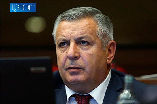 Причина выхода из фракции в том, что моя политическая позиций существенно отличалась от принятых политсоветом партии «Процветающая Армения» решений – Сергей Багратян