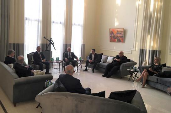 Զարեհ Սինանյանը Բեյրութում հանդիպել է Լիբանանի հայկական լրատվամիջոցների ներկայացուցիչների հետ
