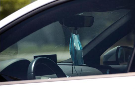 Требование об обязательном ношении маски в личном автомобиле будет отменено